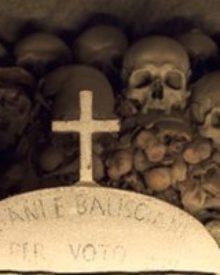 Despre morti, nu numai de bine!