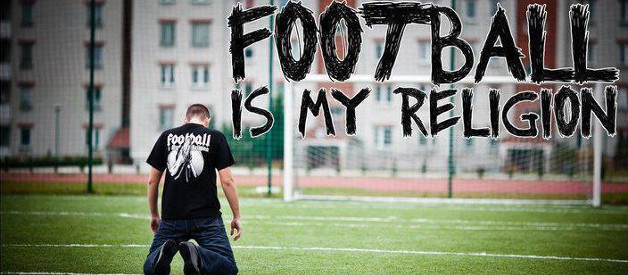 10 asemanari intre religie si fotbal